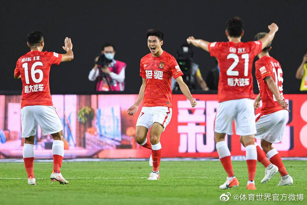 西班牙足球甲级联赛英文_香港足球联赛 没落_西班牙足球甲级联赛2015