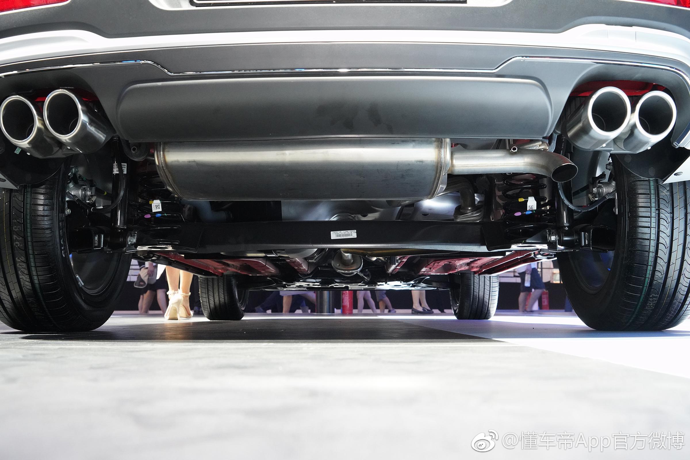 东风悦达起亚2019款kx3上市,共两款车型,售价分别为10
