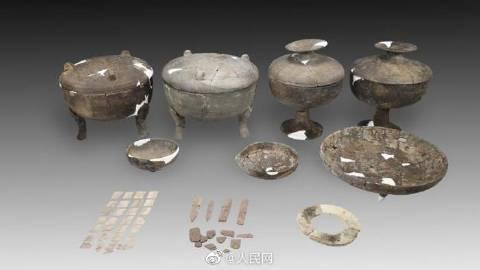 平遥古城发现2000多年前东周古墓葬,网友热议:哪都有我们古人的踪迹,好多宝藏