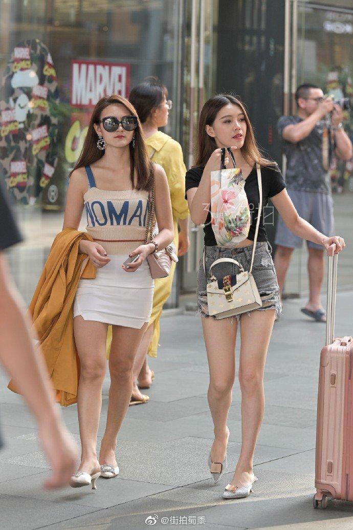 新加坡女孩,你喜欢吗 zt - 步行街主干道 - 虎扑社区